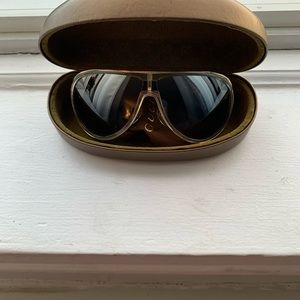 Authentic Gucci Sunglasses GG1566/S